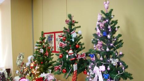 2013ベルメゾンのクリスマスツリー展示