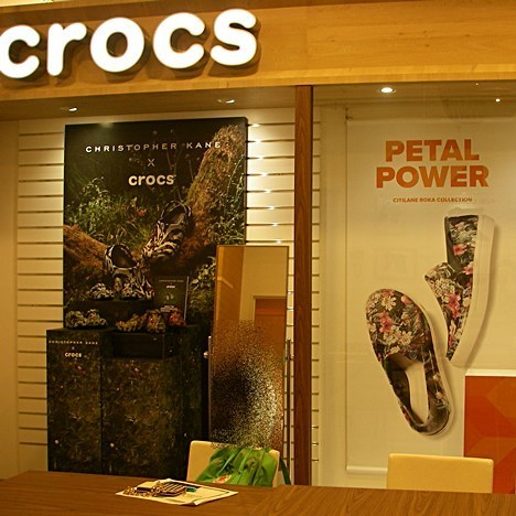 crocsショールーム