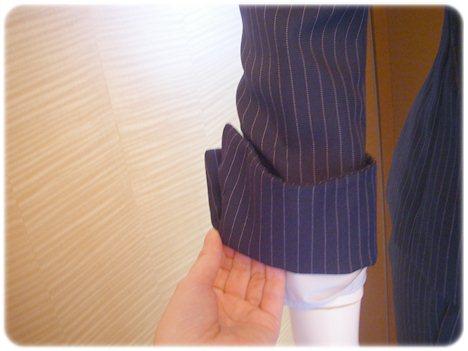 袖の折り返し部分