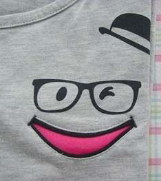 ワンポイントTシャツ