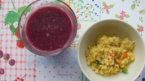 朝食 甘酒スムージーと卵