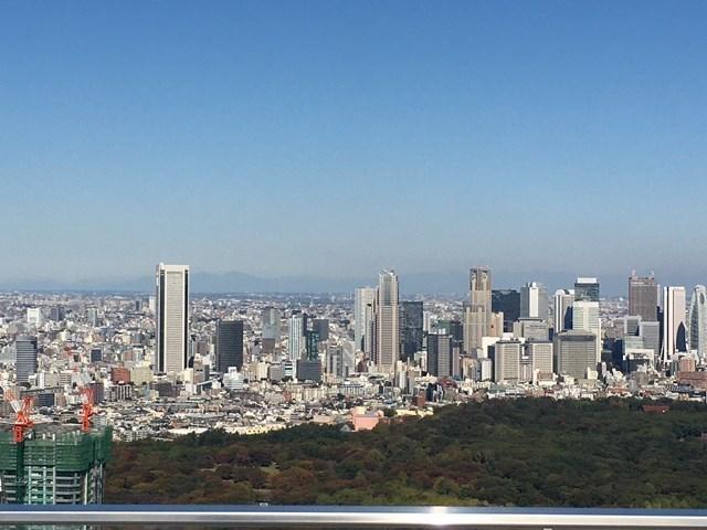渋谷スカイから新宿方面を見る